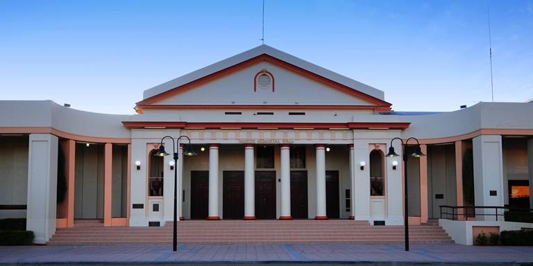 Moree Town Memorial Hall